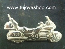 pin moto goldwing